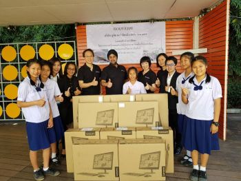 Boutique Corporation Gifts Ten New Desktop Computers to Students
